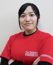 篠塚 麻衣子